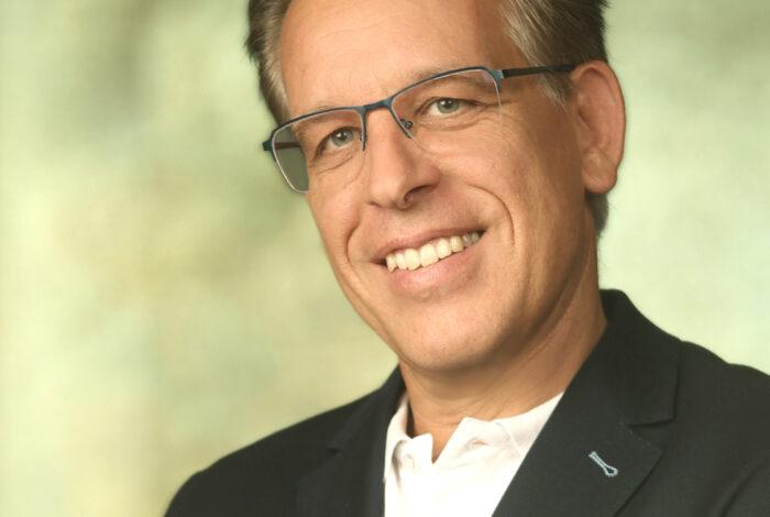3. Karl Dröxler